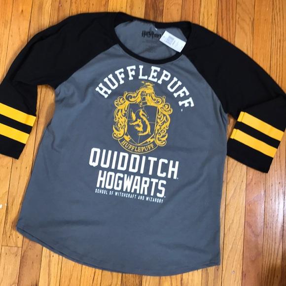 0980d14c Warner Bros. Tops   Harry Potter Hufflepuff Hogwarts Tee Large ...